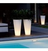 Elho Elho Pure Straight High Led Light - diam 40cm H80cm. Unieke verlichte bloempot voor zowel binnen als buiten!
