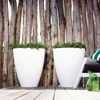 Elho Pure Oval. Oval Indoor and Outdoor Flower Pots and Buckets found at DesignPOTshop.be!