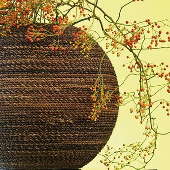 Fleurs Ami Beach Natural Weave An exclusive showpiece in any room!