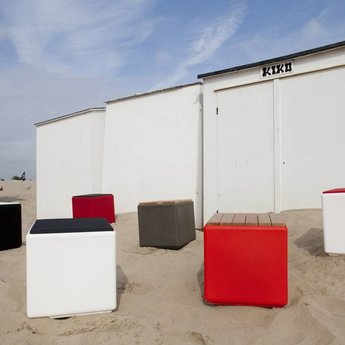Otium Design Cubus in different colors for inside and outside.