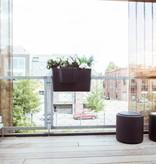 Otium Design Pendulum long. Pot de fleurs de couleurs différentes pour intérieur et extérieur.