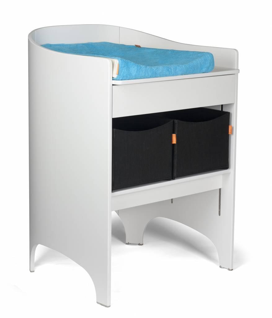 leander wickeltisch einschl wickelunterlage weiss ral. Black Bedroom Furniture Sets. Home Design Ideas