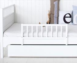 oliver furniture junior und kinderbett 90 x 160 cm wei. Black Bedroom Furniture Sets. Home Design Ideas