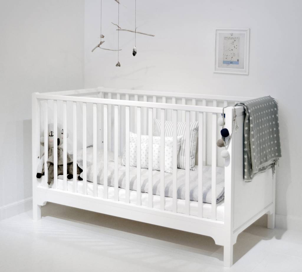 oliver furniture babybett seaside. Black Bedroom Furniture Sets. Home Design Ideas