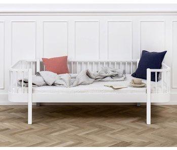 Oliver Furniture Bettsofa Wood, weiß