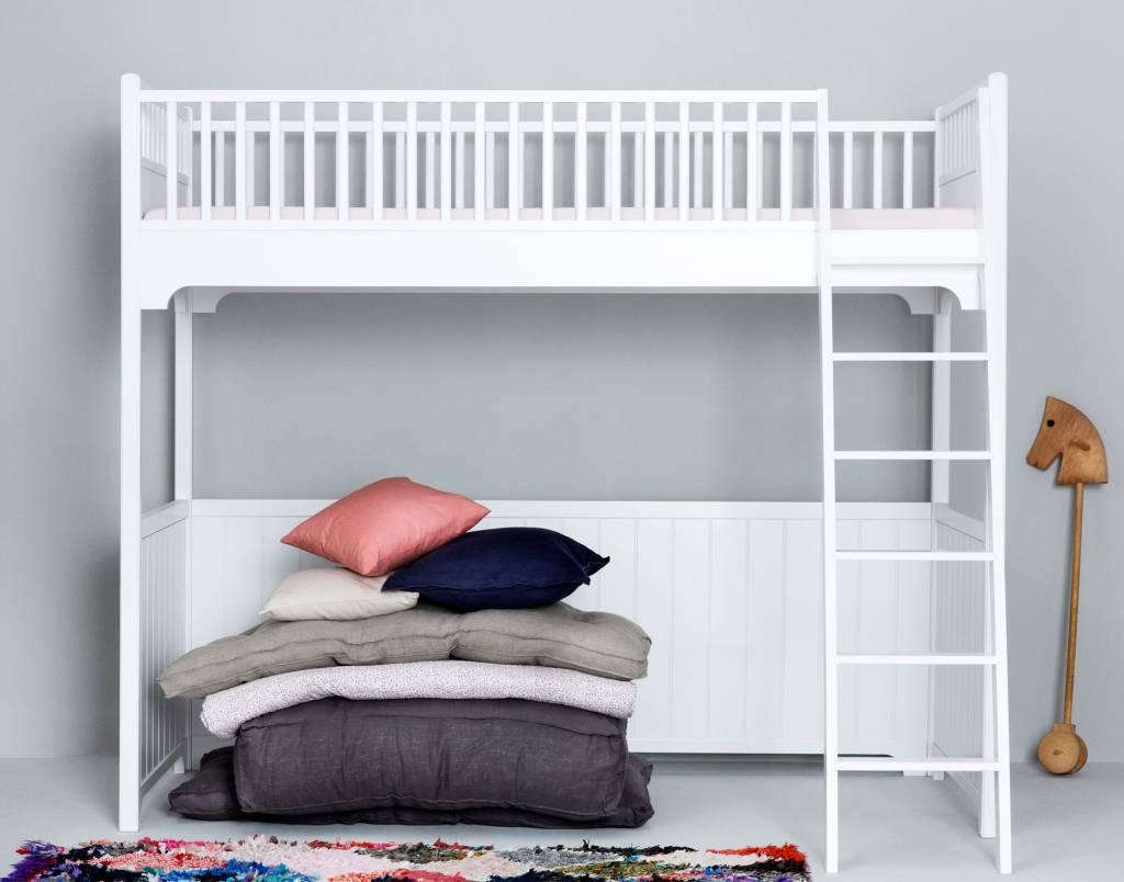 hochbett von oliver furniture in 90 x 200 cm incl lattenrost wei. Black Bedroom Furniture Sets. Home Design Ideas