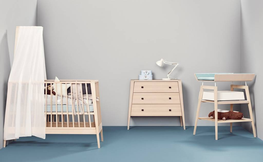 linea wickeltisch mit schaumauflage in buche. Black Bedroom Furniture Sets. Home Design Ideas