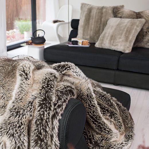 winter home webpelzdecke yukonwolf wohndekor m ller. Black Bedroom Furniture Sets. Home Design Ideas