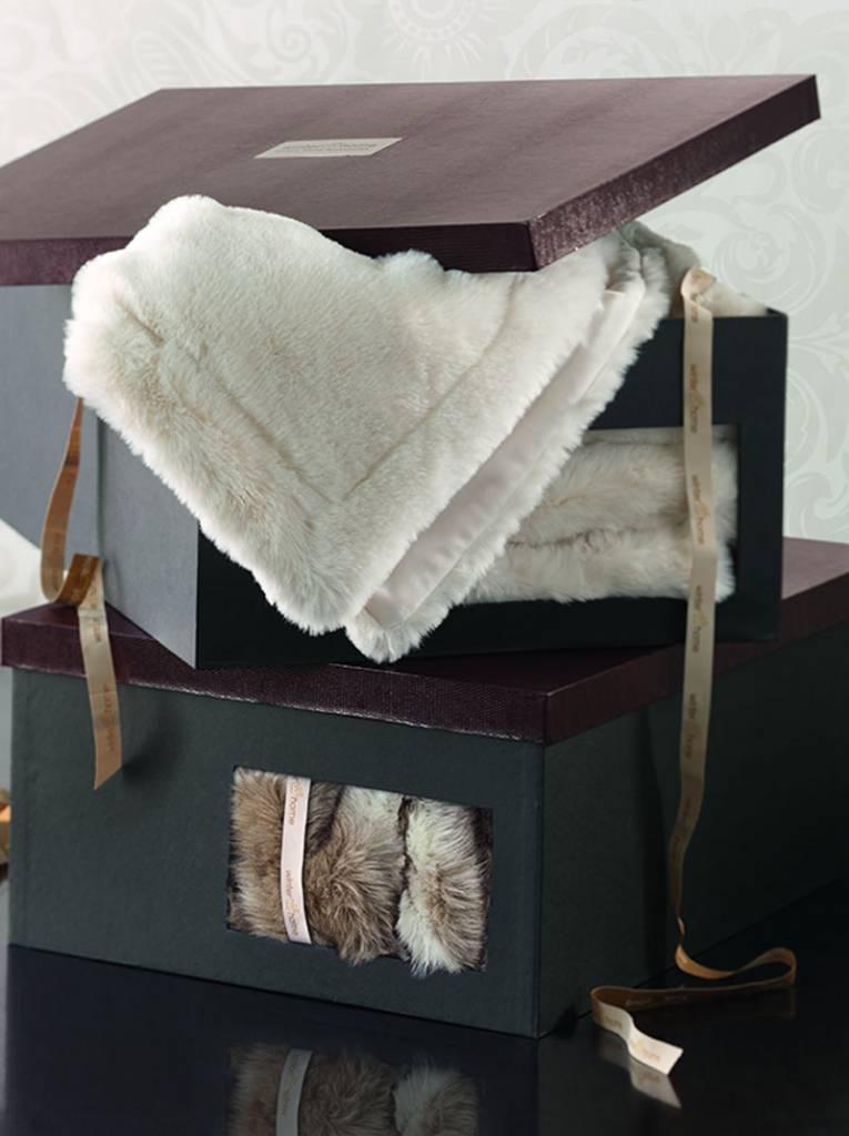 Winter Home Webpelzdecke Seal taupe