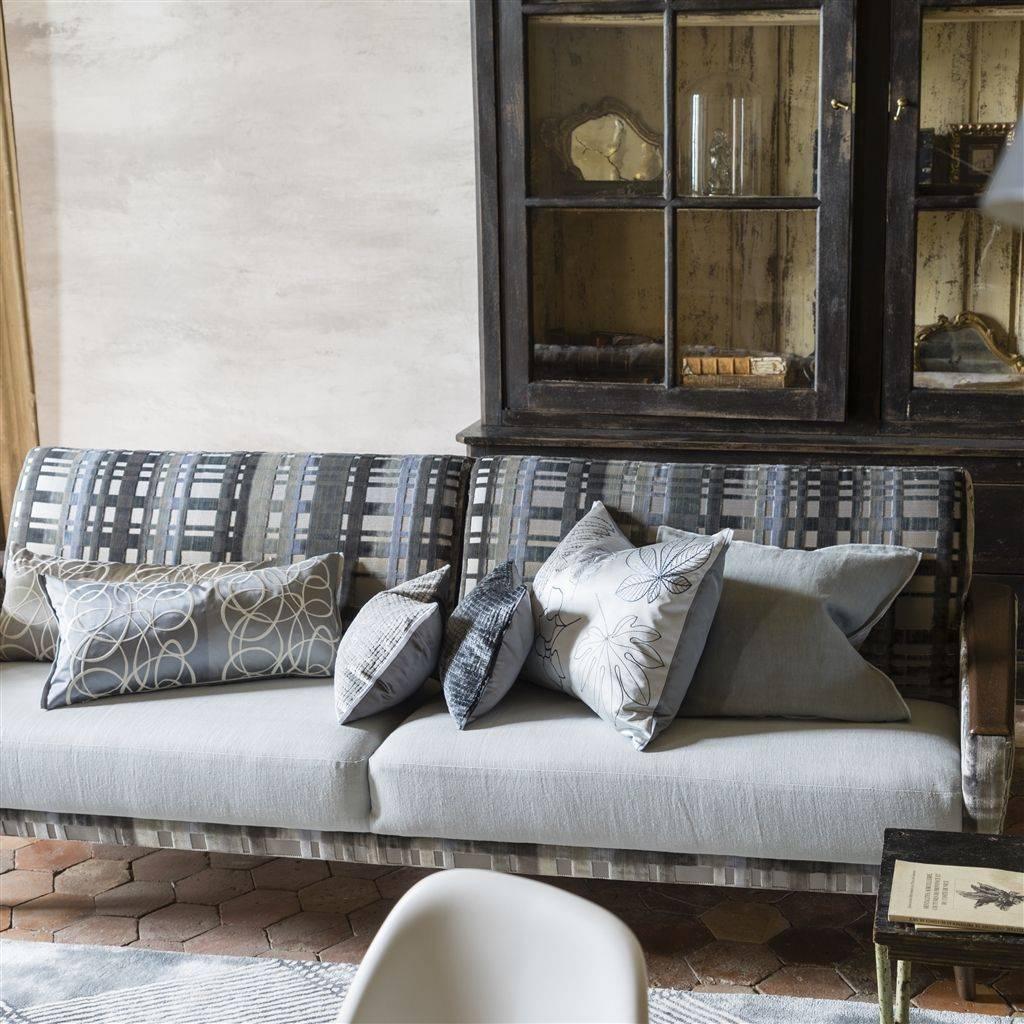 Designers Guild Dekokissen Versailles Garden platinum