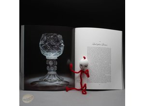 Masterpieces of Glass. A world history from the Corning Museum of Glass by Robert J. Charleston