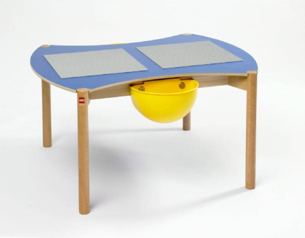 LEGO Table and Chairs & LEGO Table and Chairs - KinderSpell ®