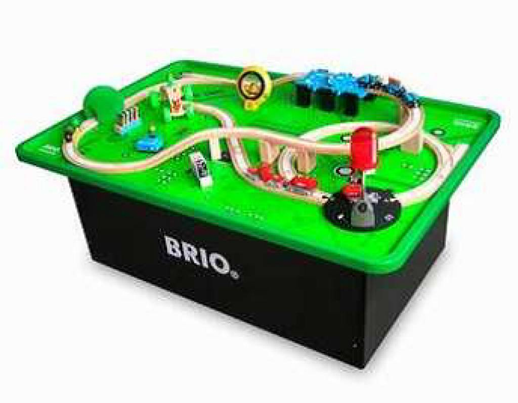 brio train table set kinderspell. Black Bedroom Furniture Sets. Home Design Ideas