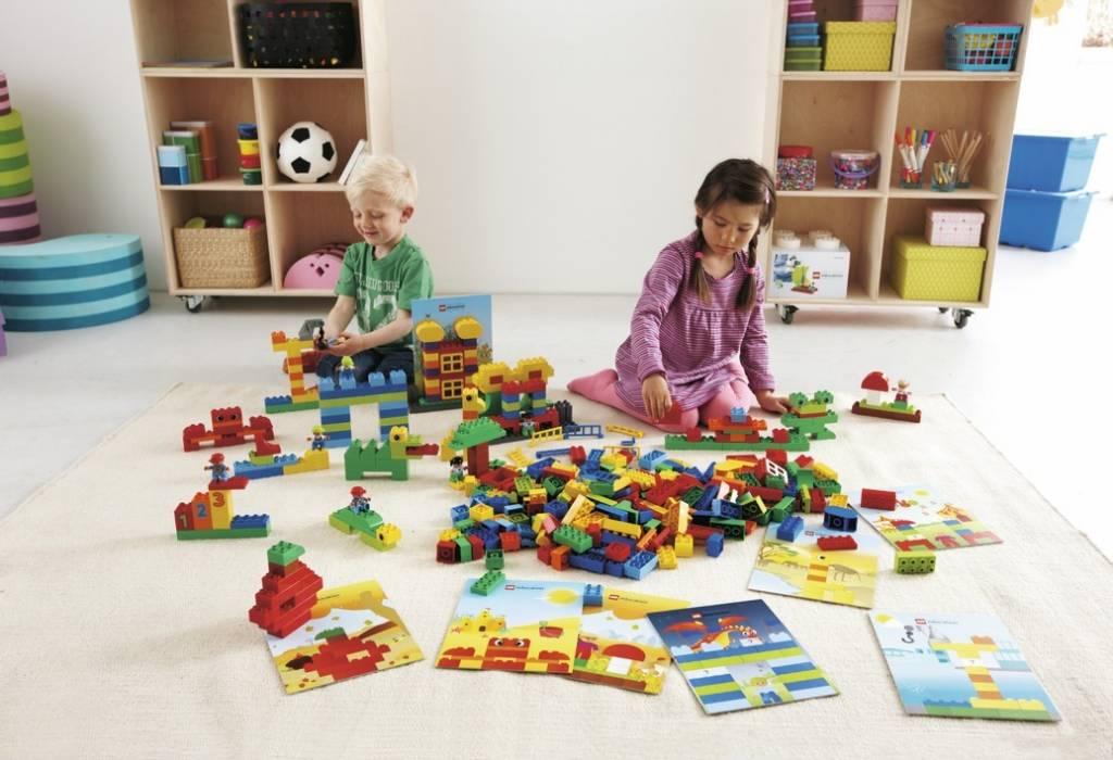duplo bouwvoorbeelden kinderspel. Black Bedroom Furniture Sets. Home Design Ideas