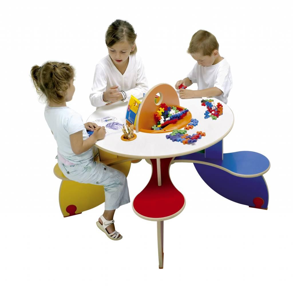 Kinderspieltisch