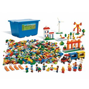 LEGO 9389 Community Set