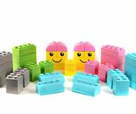 gro e bausteine spielzeug grosse gummi bausteine kinderspiel. Black Bedroom Furniture Sets. Home Design Ideas