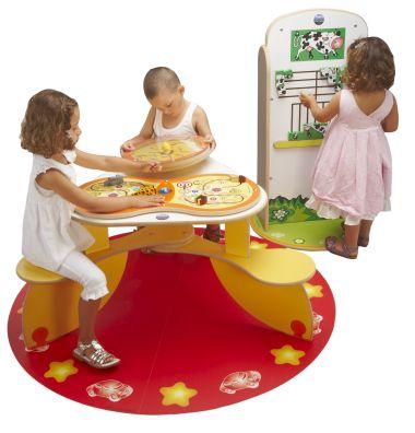 speelgoed voor kinderen in de wachtkamer
