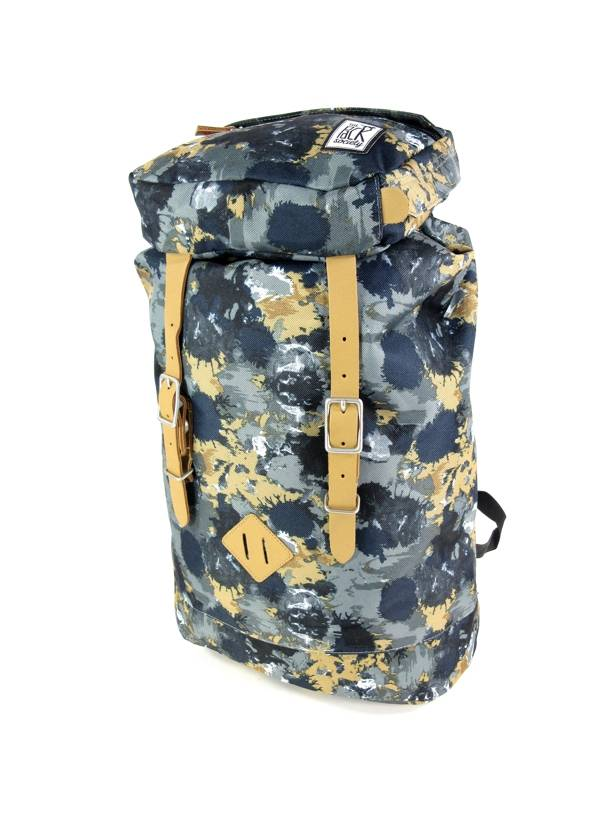 The Pack Society Premium backpack met trekkoord en klepsluiting Groen Camo Allov