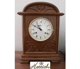 Hettich Uhren Kamin Tischuhr Eiche Gehäuse massiv geschnitzt mit 8Tage mechanischem Bim Bam Werk auf Glockenschlag 35cm hoch und 24cm breit