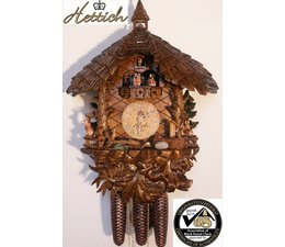 Hettich Uhren Orginal im Schwarzwald  handgefertigte Kuckucksuhr  mit handgefertigte Figuren und Schnitzerei 47cm hoch und 40cm breit
