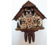 Hettich Uhren Orginal Schwarzwälder Kuckucksuhr mit 8 Tage Musik-Tänzer- Rechenschlagwerk mit beweglichen Biertrinker und Tanzfiguren sowie auch das Mühlrad 40 cm hoch