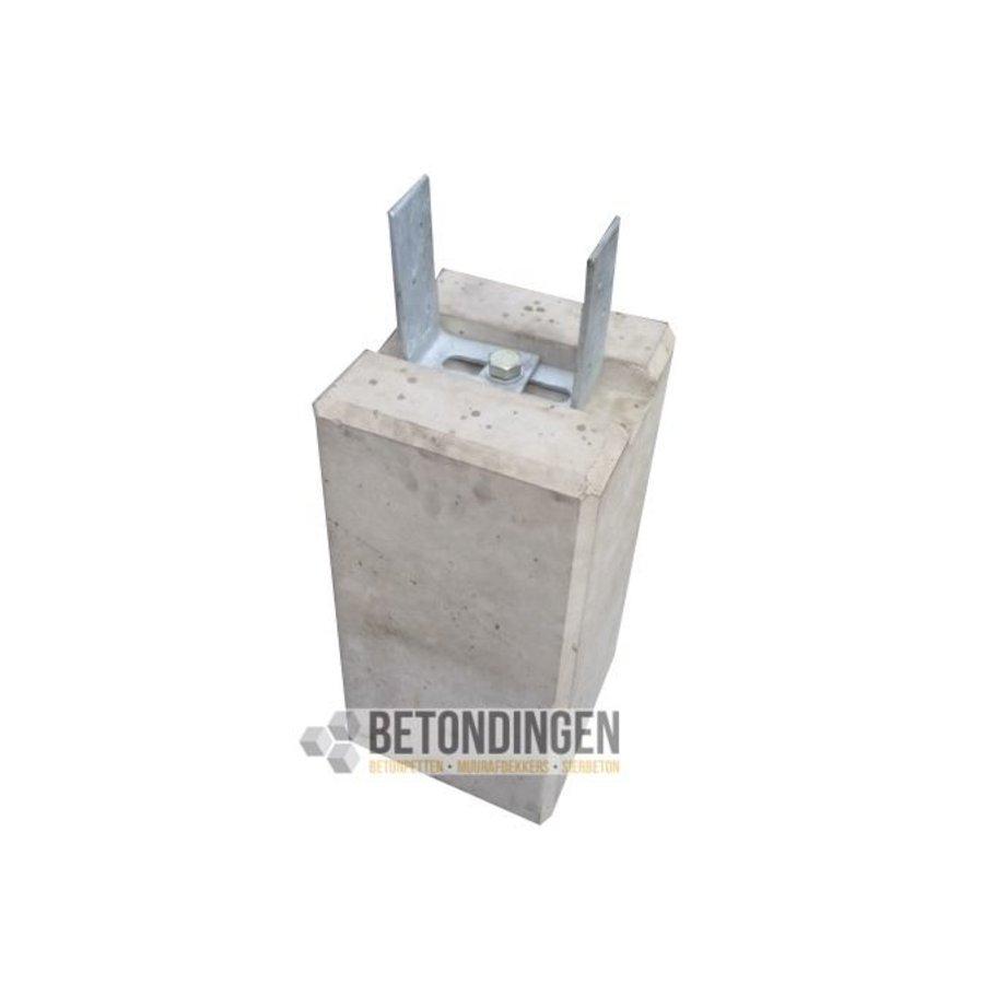 Prefab Betonpoeren 22x22x45cm met strippen