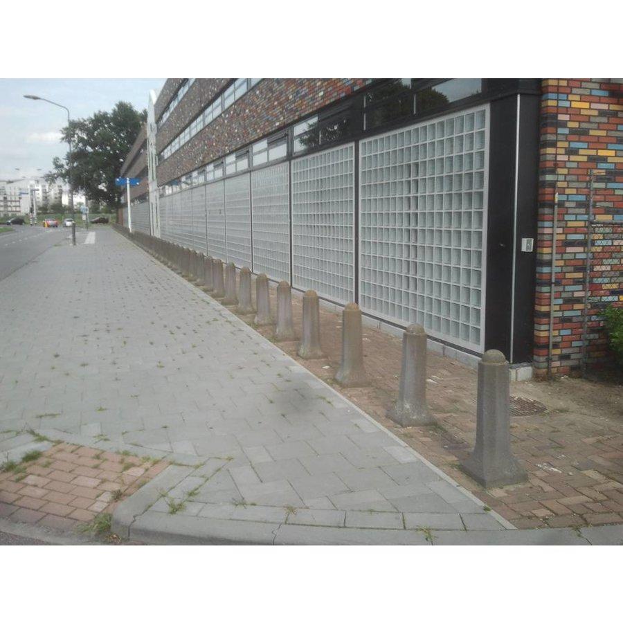 Amsterdammertjes (type 1) grijs beton H 80cm