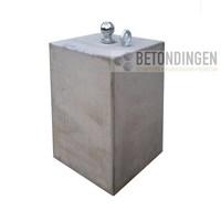 Prefab Betonpoeren 30x30x50cm met trekhaak
