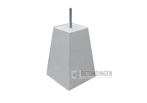 Prefab Betonpoeren 18x18x45cm M16 (D)