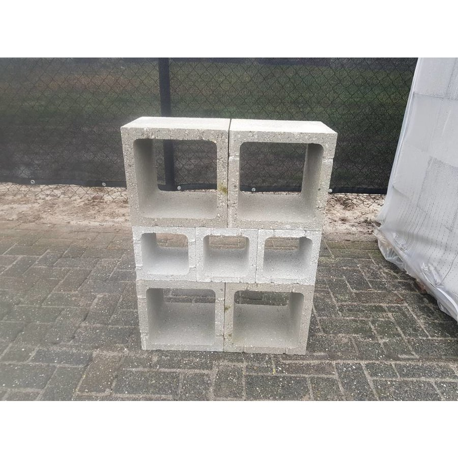 Betonblok (open)  30x30x25cm