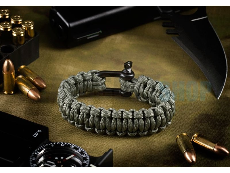 Invader Gear Shackle Bracelet (Dark Grey)