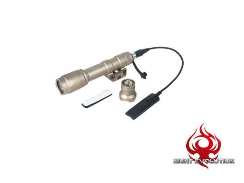Night Evolution M600C Scout Flashlight (Dark Earth)