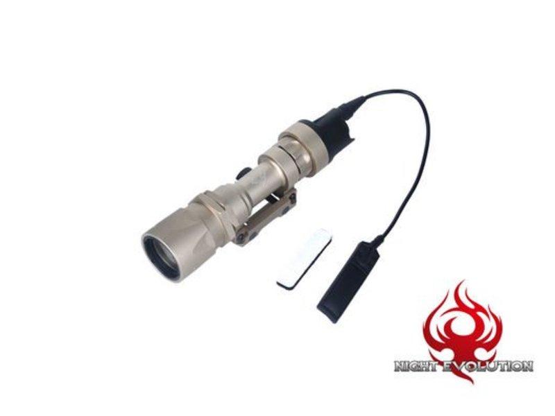 Night Evolution M951 Flashlight (Dark Earth)