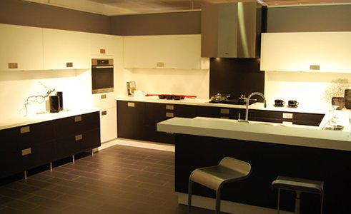 Keukenkastjes Verven Hoogglans : Keukenkastjes schilderen hoe pak je dat aan verfwebwinkel