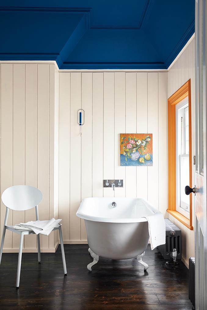 little greene blauw is het nieuwe zwart. Black Bedroom Furniture Sets. Home Design Ideas