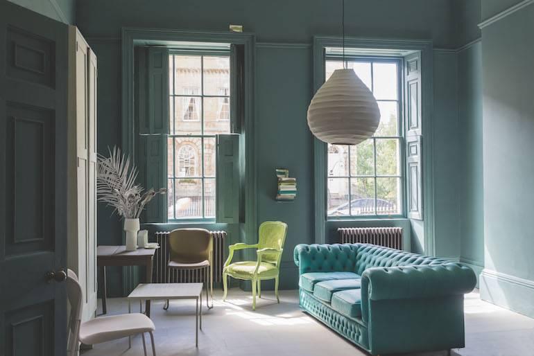 Verfinspiratie: 5 tips voor meer kleur in de woonkamer