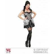 Vrijgezellen-outfit: gotisch vampiermeisje