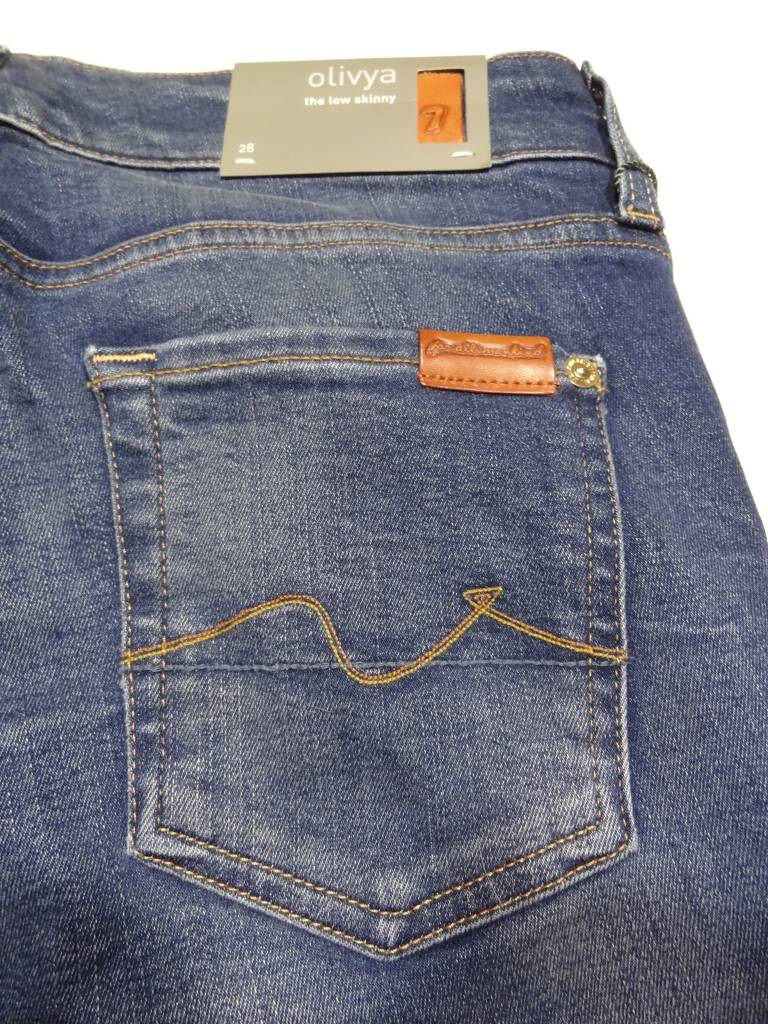 c90cdc0bf41 Jeans Brand Report by CLASS B2Fi - issuu