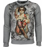 Local Fanatic Sweater - Bloemen Motief Getatoeëerd Dame Print Heren - Grijs