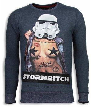 Local Fanatic Stormbitch - Rhinestone Sweater - Blauw
