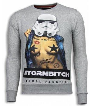 Local Fanatic Stormbitch - Rhinestone Sweater - Licht Grijs