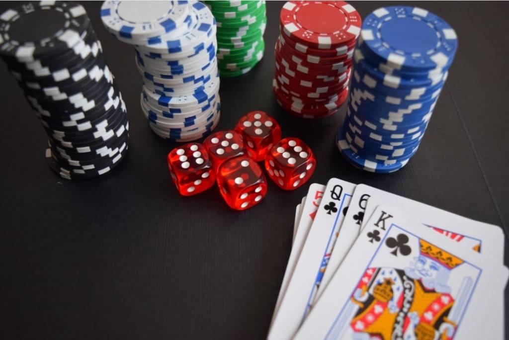 Video: de 5 meest krankzinnige poker momenten