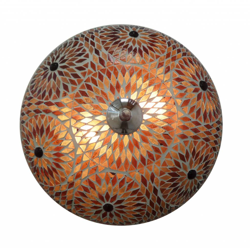 Oosterse plafonnieres van glasmozaiek in kleurrijke designs. -