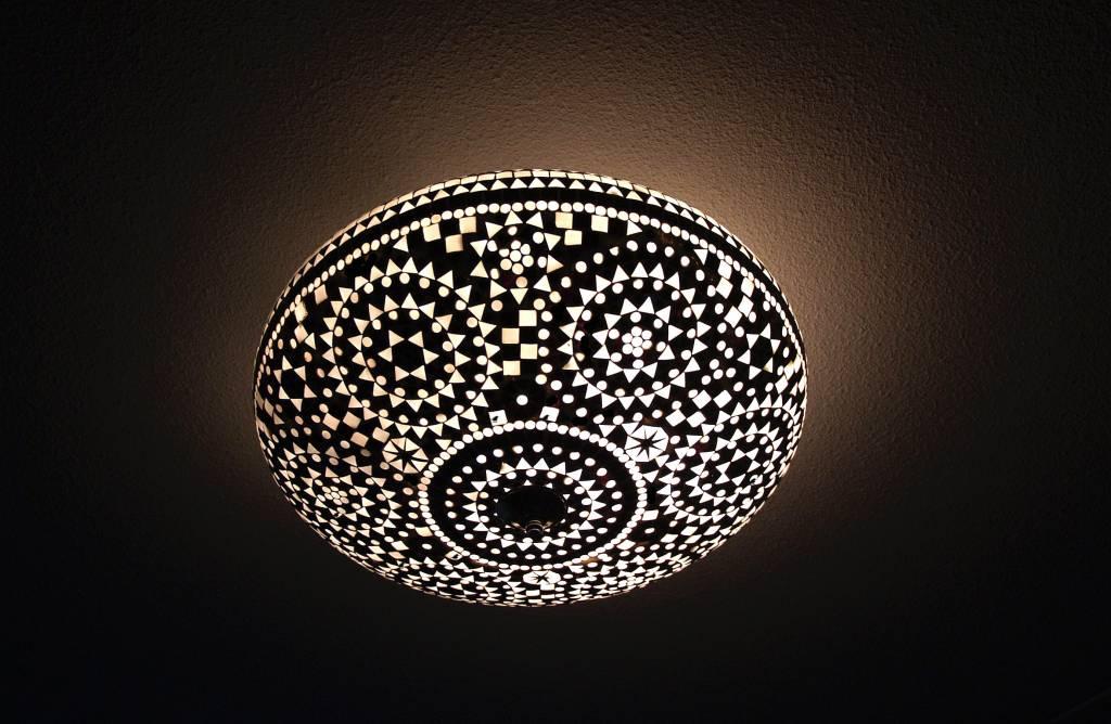 Lamp Kinderkamer Design : Sfeervolle Plafonnière glasmozaïek zwart ...