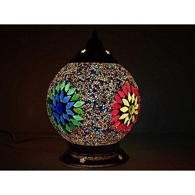 Kleurrijke lamp mozaïek voor op tafel