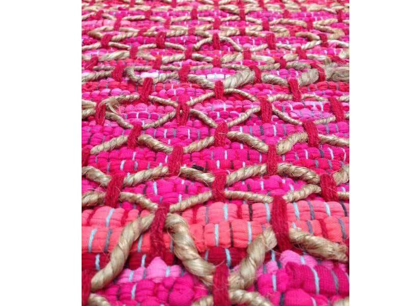 Roze vloerkleed 80 x 140 cm -