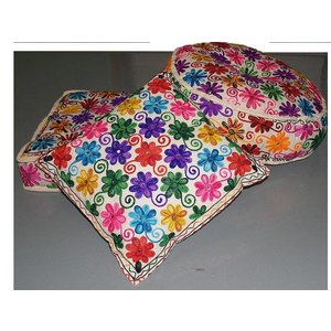 Kussentje flowers ibiza stijl