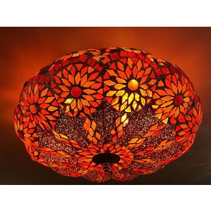 Rode plafondlamp mozaiek kraaltjes