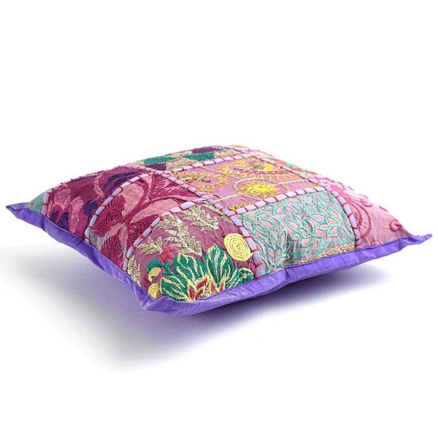 Sierkussen paars patchwork